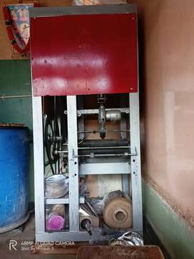 Paper plate machinery