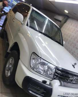 Land cruiser Lc101 mint condition