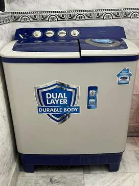 Carrier Semi Automatic Washing Machine 7.5kg in new condition