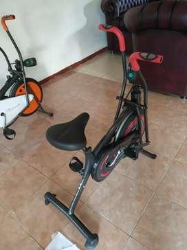 Sepeda fitnes best seller platinum bike