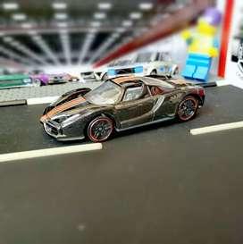 Hot wheels Hotwheels Enzo Ferrari Loose Giftpack Gift pack