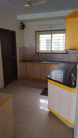 2-BHK FLAT ON RENT AT NEW PALASIYA IN 22,000/-