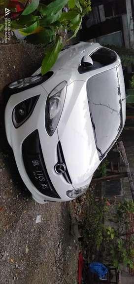 Mazda 2 A/T 2011