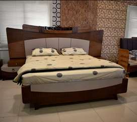 Beautiful  complete bed set available on orde  r