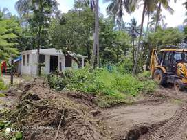 10 cent plot in cherai beach with small house (Authorised building no)