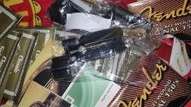 capo gitar akustik besi plastik