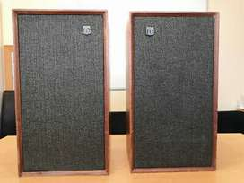 Selling dynatron Ls 1428 Vintage speaker in mint condition
