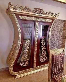 Almari hias biola custom luxury class