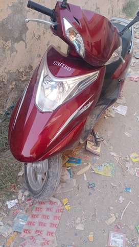 United Scooty 100cc for sale