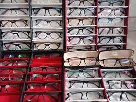 Kacamata Minus Terima Resep Dokter