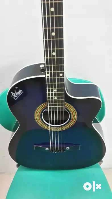 Cheap Rate Brand New Guitar With New Bag Plectrum 0
