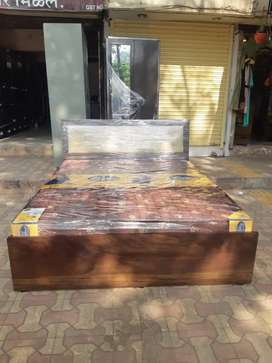 Brand New queen size bed@ factory price 8500