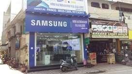 Showroom On Lease&Rent At Prime location Dharampura Bazaar