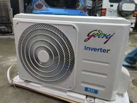 a hot and cold air conditioner