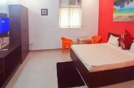 AC,TV,BED,FRIDGE, LIGHT,FAN,GAS, (FURNISHED SINGLE ROOM) RENT BOMIKHAL