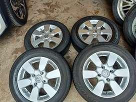Velg OEM grand Livina ring 15 pcd 4×114,3 ban Dunlop 185/65 R15 85%