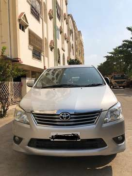2013 Innova 2.4v top variant bs4