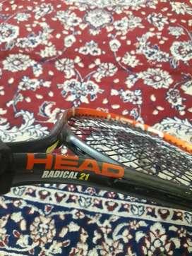 tennis racket HEAD RADICAL