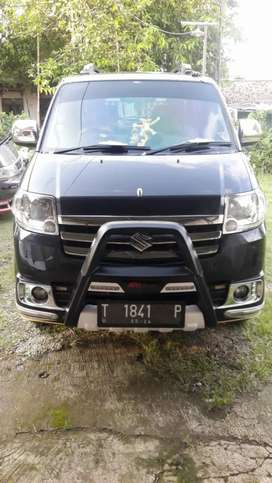 Suzuki Apv SGX hitam