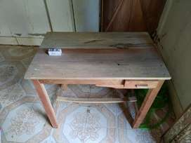 Table 3ft by 1.5 ft