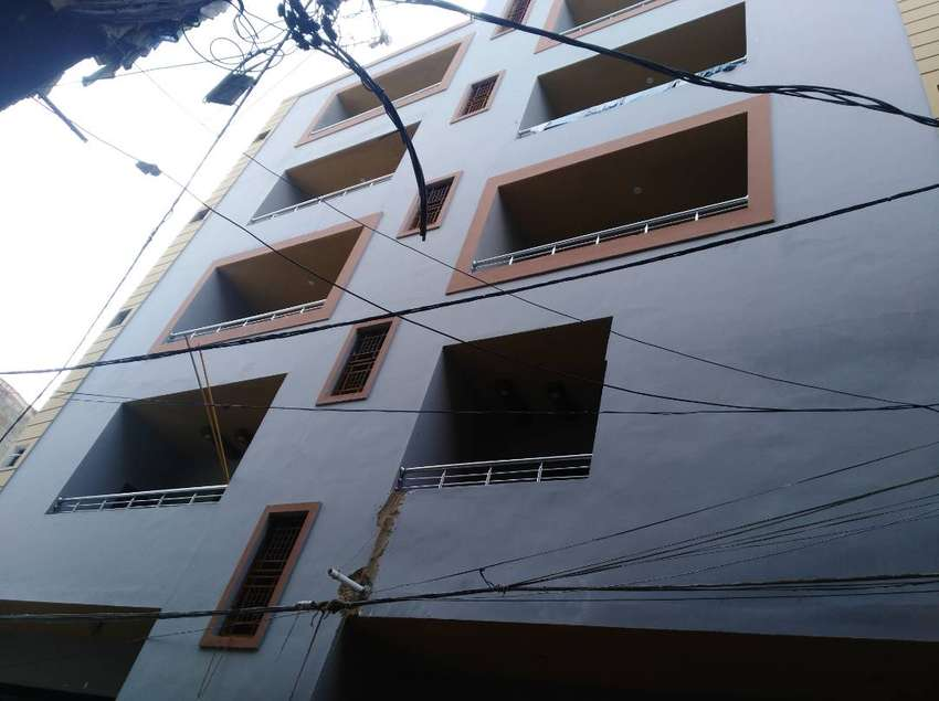 Brand New Paint House For Sale Gulshan 13 D 3 0