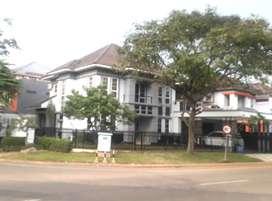 Rumah mewah di kota wisata cibubur