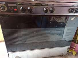 OBBER COOKING RANGE WITH OVEN AT LOW PRICE