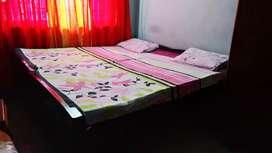 Seasum double bed