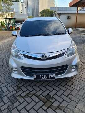 Toyota Avanza Veloz 1.5 AT 2012. Tdp 9jt. Tangan 1
