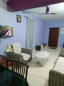 Urgently want to sell 2BHK flat in Shiroda bazar...