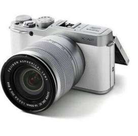 Kamera Mirrorless Fujifilm XA2 Lensa 16-50mm putih