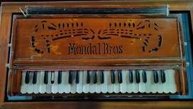Mondal Brothers, Premium Quality professional Harmonium.