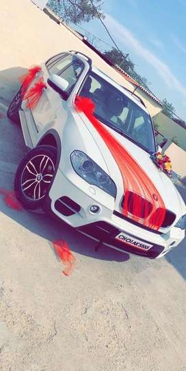 BMW X5 on rent for doly
