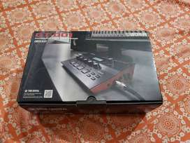 Roland Boss GT-001 guitar multi effects processor