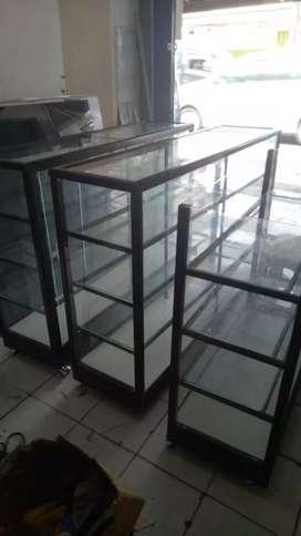 Dijual etalase alumunium custom ukuran siap antar