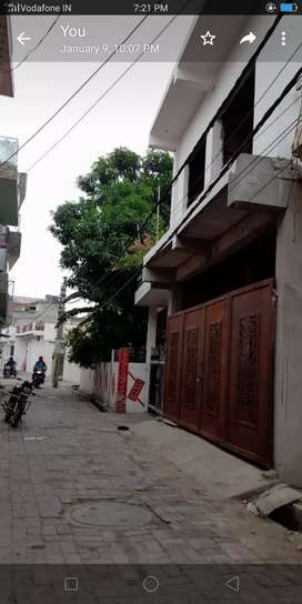4 BHK with parking in Triveni Nagar 1st