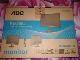 AOC monitor 15.6 inch and Logitech mouse 2month