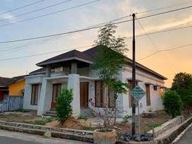 Rumah Tropis Model Villa Bali