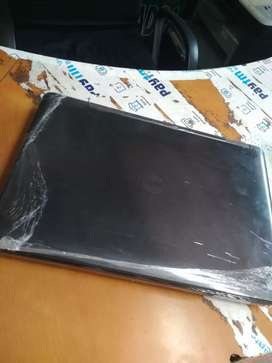 I5 i7 i3 धमाका ऑफर लैपटॉप का 1y warranty hai