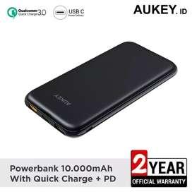 Powerbank aukey 10000 mah dengan qc 3.0 dan power delivery 2.0