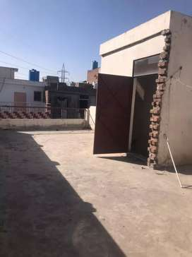 10 Marla 2nd  Floor For Sale Iqbal Town Main Boulevard