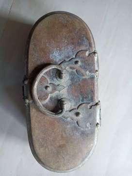 Antique pan box 5 nos.