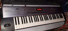 Roland RS50