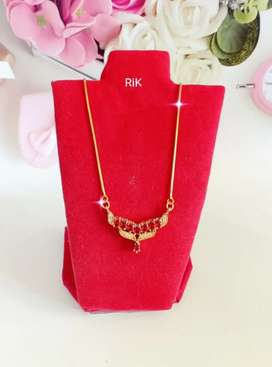 Kalung replika berlian