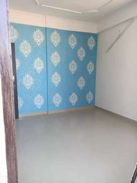 3 bhk laxuari flats ready to move at 200 ft by pas