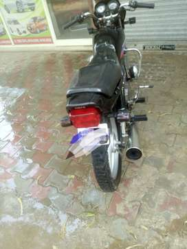 Non accidental alll orignal bike serious buyers colll me
