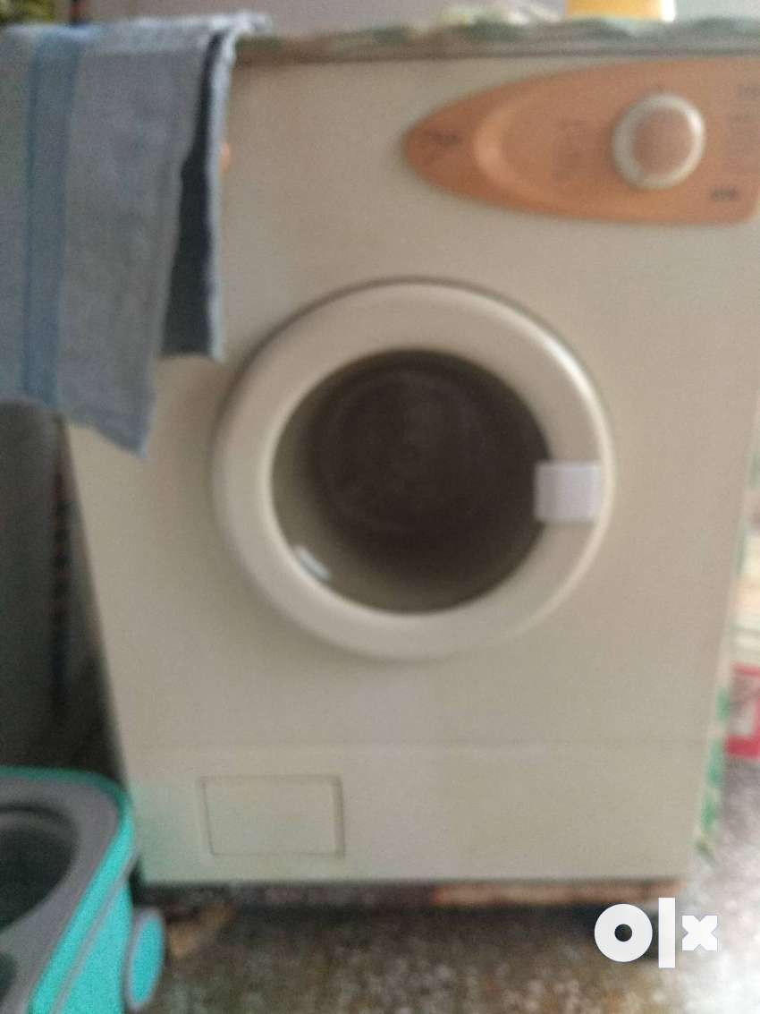 5 KG IFB FRONT LOAD FULLY AUTOMATIC WASHING MACHINE 0