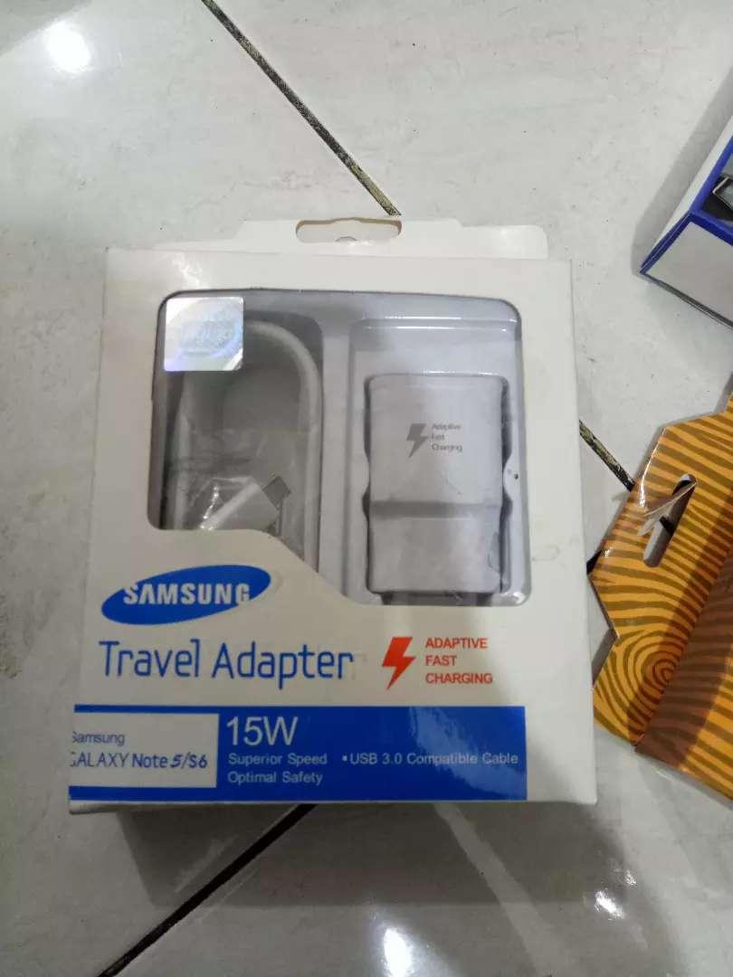 Travel charger samsung mikro 99% new jantungacc 0