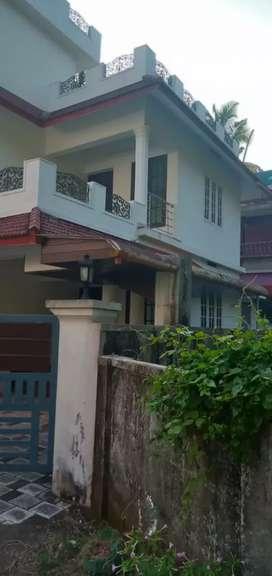 Eroor Near Bhavans School 3 Bedroom Independent House For Rent