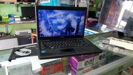 Dijual laptop toshiba siyab pake